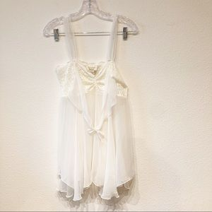 Victoria Secret Medium Nighty off white chemise